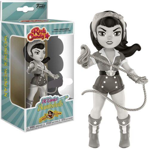 Figura Rock Candy DC de Wonder Woman del cómic Bombshells en blanco y negro